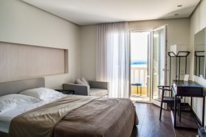 How to Make a Hotel Room Feel Like a Guest Room