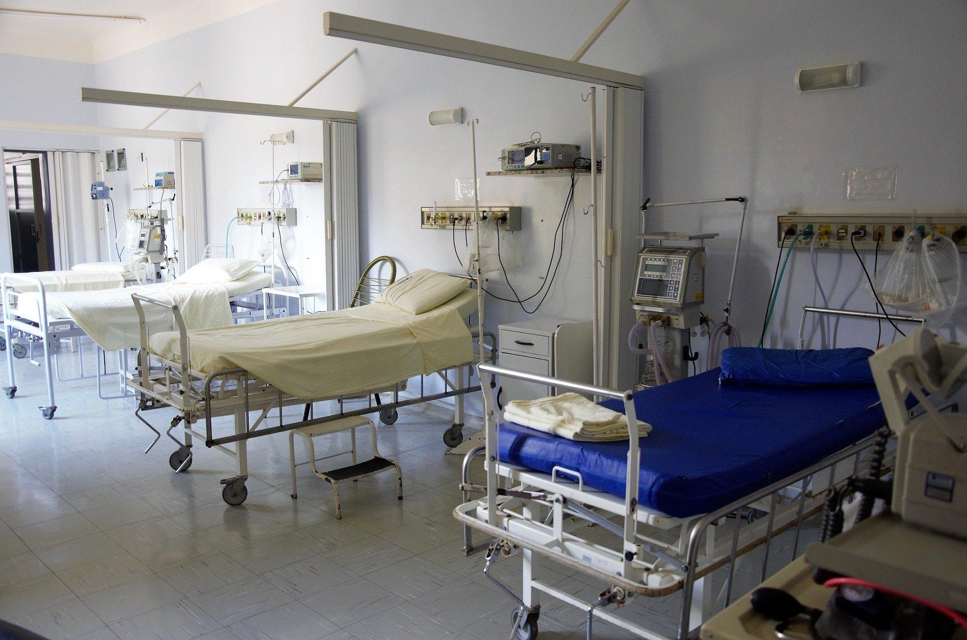edwards & hill medical furniture